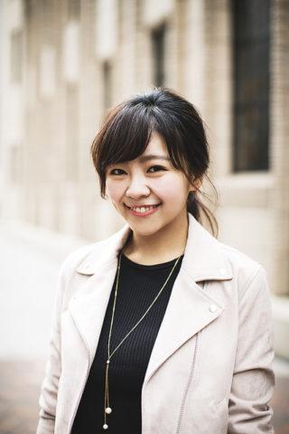 尾身綾子(モデル)の彼氏や結婚と水着画像!髪型や私服もかわいい!